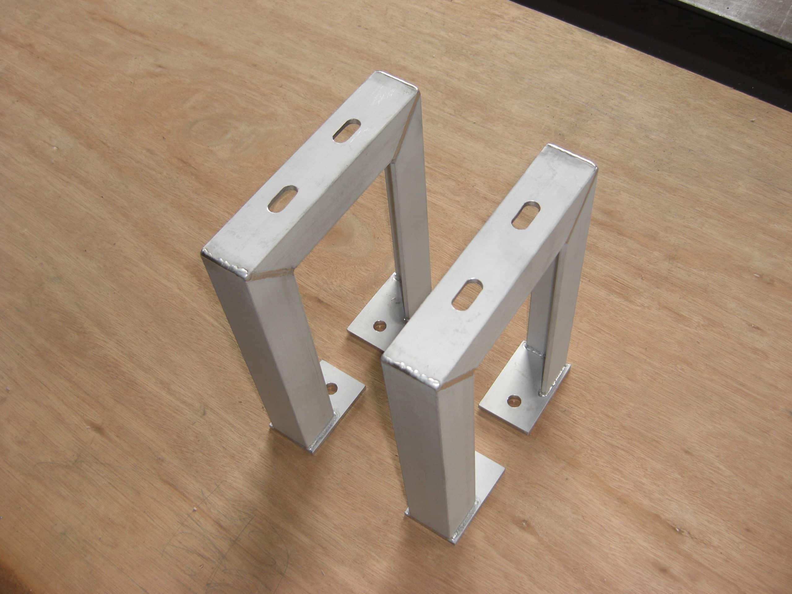 配管用架台を製作しました