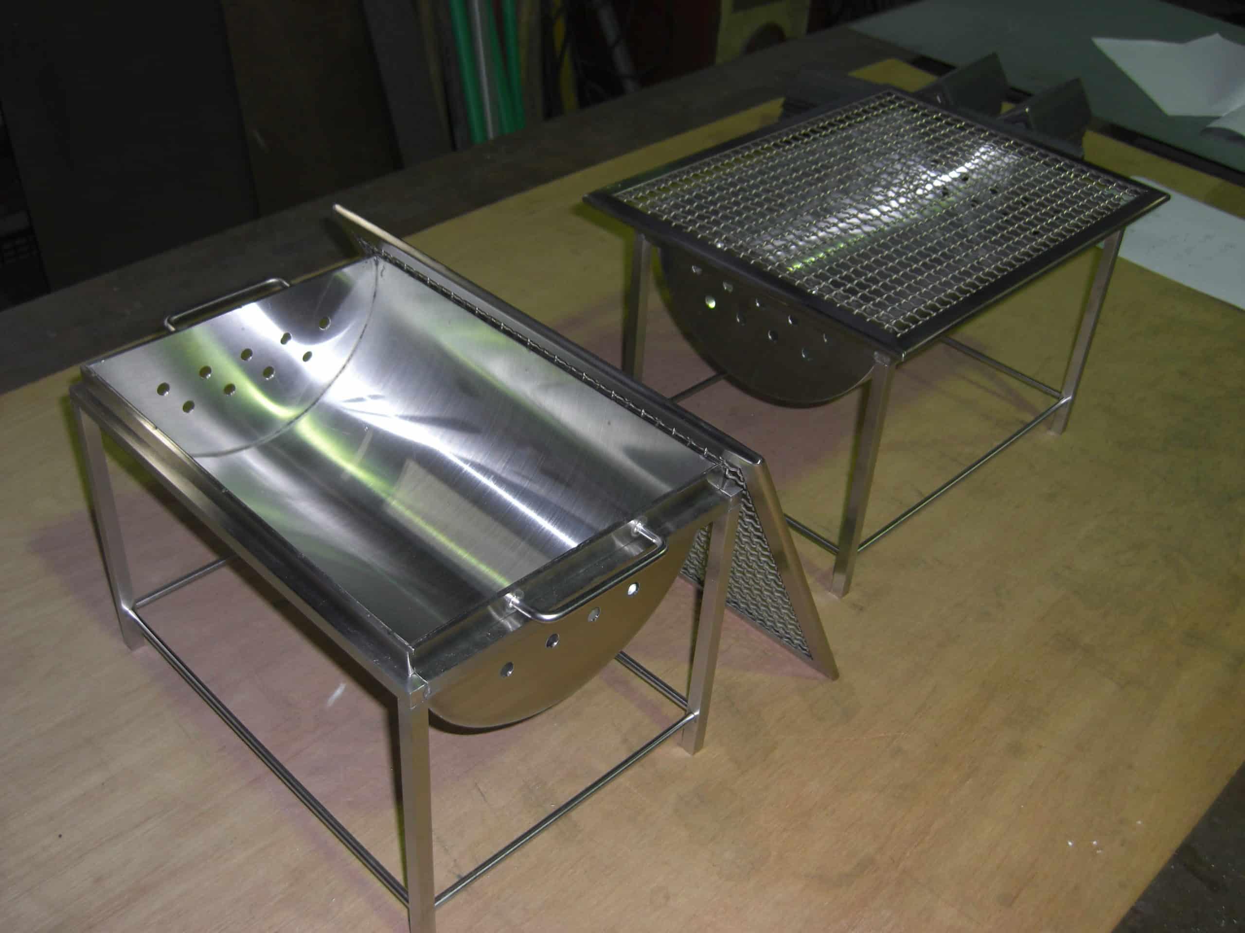 BBQコンロと焼物用プレートを製作しました