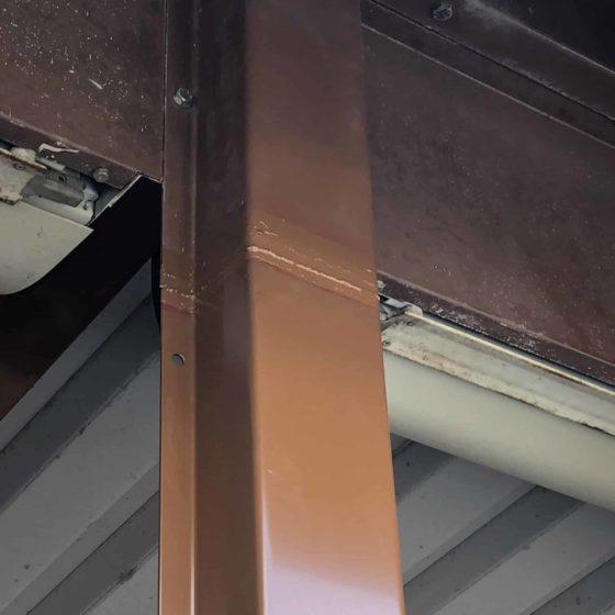 倉庫の支柱の補強作業をしました