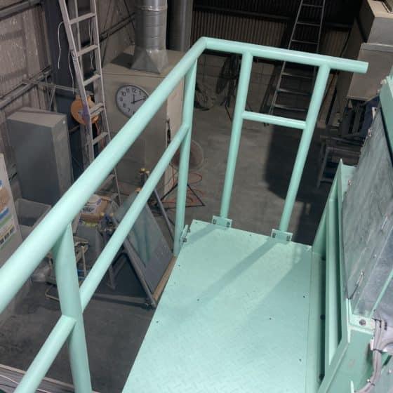 メンテナンス架台を制作施工しました