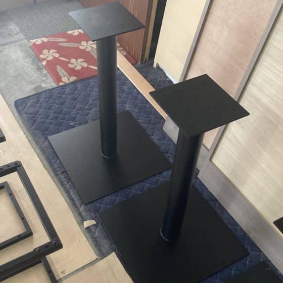 スチール製のボックス席テーブルを製作しました