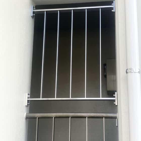 ステンレス製の侵入防止柵を製作施工しました