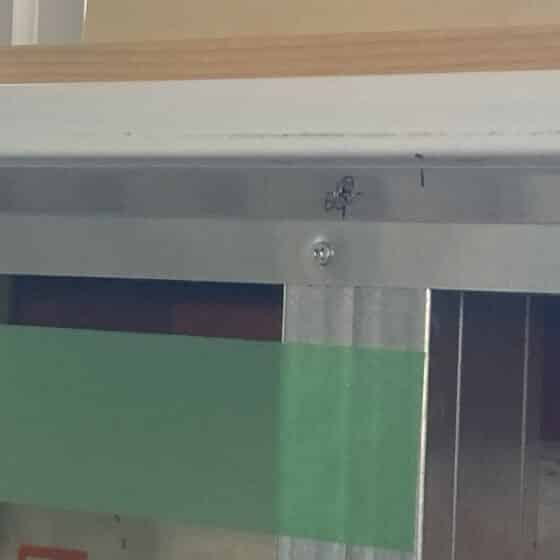 新築工事にて床見切りと面台の製作施工をしました